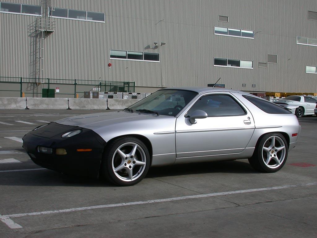 1988 Porsche 928 S4 further Default in addition Porsche 928 Concept as well 1989 Porsche 928 Interior as well Porsche 928 S4 Uk Spec 1986 91 Photos 244845. on porsche 928 s4